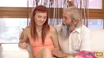 Streaming Video DADDY4K. Lo zenzero troia fa l'amore con un gentiluomo - XLXX.video