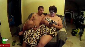 no importa si hay que hacer malabarismos o escalada sobre la mujer gorda para comerle el coño