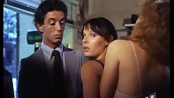 Spa de eros Inclinacion sexual al desnudo 1982 - peli erotica completa español