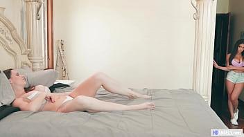 Stepdaughter walking in on masturbating stepmom - Chanel Preston, Autumn Falls