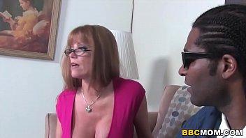 Mom Darla Crane Fucks BBC In Front Of Her Cuckold Son - 69VClub.Com
