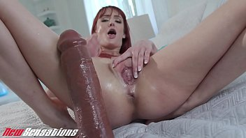 Andi Rye Squirting From Huge Dildo Fuck
