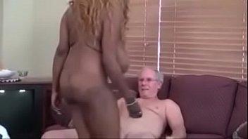 rachel raxxx gets massage - Amateureb.com