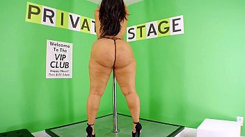 Jean, Jada Gemz, Kendra Kouture & 10 More Strippers video