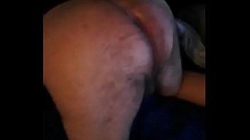 Mujer me da por  el culo con un dildo rosa  dildo rosa