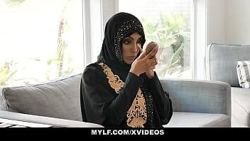 Arab MILF In Hijab Fucks Nerd Teen- Kylie Kingston 8 min