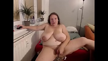 BBW mom masturbates in front of me and made me watch
