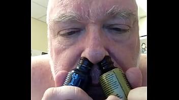 sniffing my amyl 3