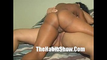 Dominican Lesbian GF fucked in the barrio