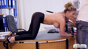 BUMS BUERO - Hot office sex with German blonde secretary Izzy Mendosa
