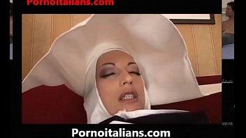 Video bokep nun italian threesome suore italiane in calore suora italy