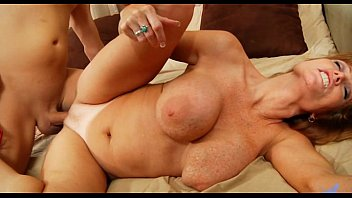Older women blowjobs videos - Mama gets her passion treated