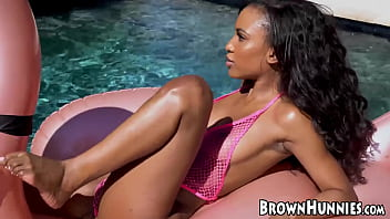 Xxx pool side Chocolate goddess demi sutra fucked by the poolside