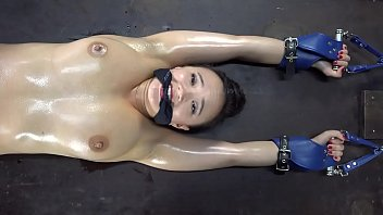 Glamorous bondage models in distress Roxy shackled, gagged and cut by pendulum in dungeon. short version. find long here: https://www.xvideos.red/channels/customfetish tabred