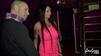 Fred durst sex video download - Lou sulfureuse milf fait son premier trio