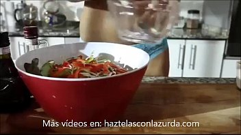 Jenn, the Argentina chef teaches you to cook naked
