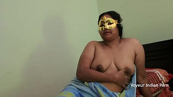 Chubby Indian Aunty Fingering Her Sexually Straved Pussy video