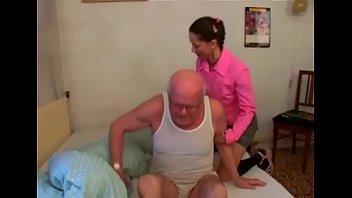 Smoking hot curvy teen gives grandad a hot blow job and rides