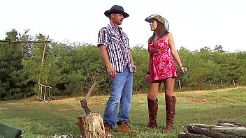 Busty Farm Girl Ass Fucked in Pretty Summer Dress & Leather Boots. Outdoor Anal Sex / ATM in Natural Backwoods Setting porno izle
