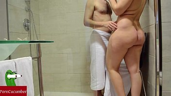 Hot shower and tongue inside the pussy. CRI006