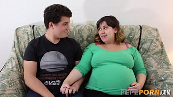 Smoking preggo porn - Small dicked dude loves banging her preggo bbw girlfriend