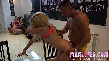 MadLifes.com - Reality show porno español Orgia de los concursantes