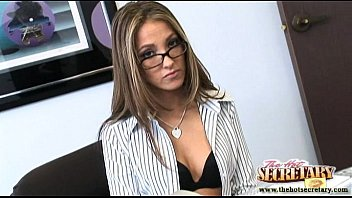 Jenna haze sheer pantyhose - Secretary jenna haze sucks the cock of her boss