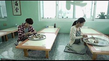ชีวิตคู่หนุ่มสาววัยรุ่นเกาหลีลีลาเร่าร้อยเย็ดกันทั้งวันหีใหญ่
