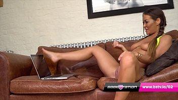 Babestation webcam wank fantasy with Scottish chav Amanda Rendall