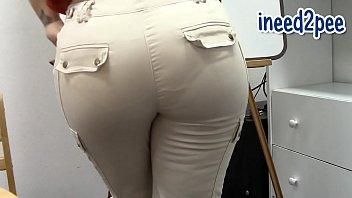 Sinn Sage wetting her jeans spandex & panties omorashi