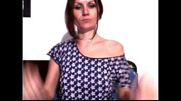 Skinny MILF plays on webcam - HotWebcamsHD.com