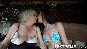Horny mature lesbian hot granny Sexy young linda love enjoys ass and pussy licking by granny