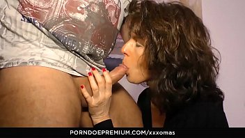 XXX OMAS - Mature German amateur Elke S. gets her mouth and pussy filled with dick
