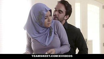 muslim porn หนังโป๊รีรัน หนุ่มอาเจนติน่าเย็ดหีมุสลิม กดหัวดูดควยทั้งผ้าโพก หีโหนกนูนน่าเยสส