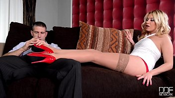 Luscious sexy blondie Lindsey Olsen delivers the hottest footjob ever