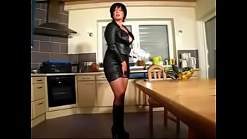 Best Mom Fisting Wanking With Cucumber POV See Pt2 At Goddessheelsonline.co.uk