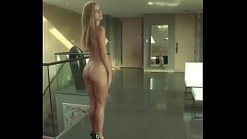 Rica gabacha modelando desnuda