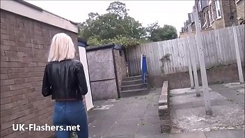 Blonde milf Atlantas public flashing and outdoor exhibitionism of daring voyeur