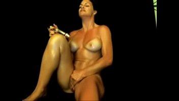 Hot MILF Orgasms On Cam Squirtingmilfcams.com