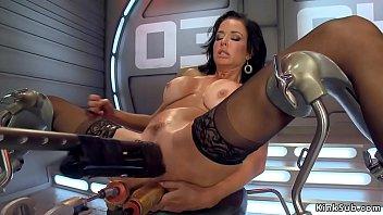 Huge tits Milf dp machine banged