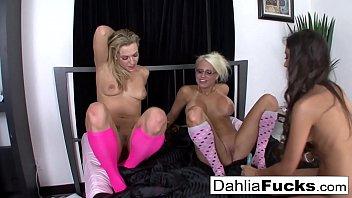 Hot Three-Way pink sock lesbians