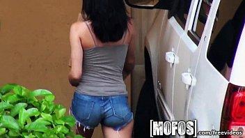 slut amateur neighbor girl just 18