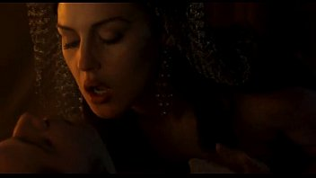 Monica Bellucci - Dracula HD