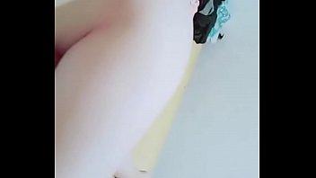 雪 白 粉 嫩 無 毛 極 品 小 美 女 被 男 友 誘 惑 直 播 操 逼 太 緊 一 直 喊 痛.mp4