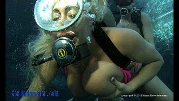 Melod EE Underwater Sex -part2