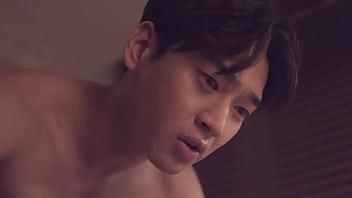 หนัง18เกาหลีแจกฟรี หนุ่มหน้าหล่อหัวควยมนๆ จับหญิงนอนเย็ดได้เรทอาร์ ซอยหีกันถี่ๆเย็ดดีลีลาเด็ด เสียบกันจนน้ำแตก