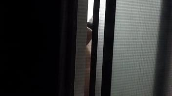 señora desnuda y nalgona saliendo de la ducha Vorschaubild