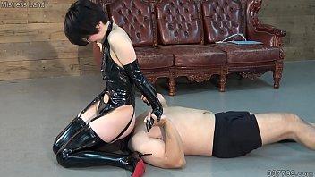 Japanese Femdom Facesitting and Bondage Whip Training's Thumb