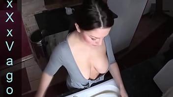 Hot Girl Downblouse #6 - https://2sexcams.com/?AFNO=1-5172 pornhub video