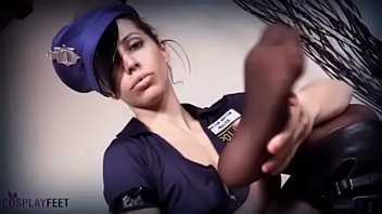 Streaming Video Hot Police Woman feet in pantyhose - TRAILER - XLXX.video